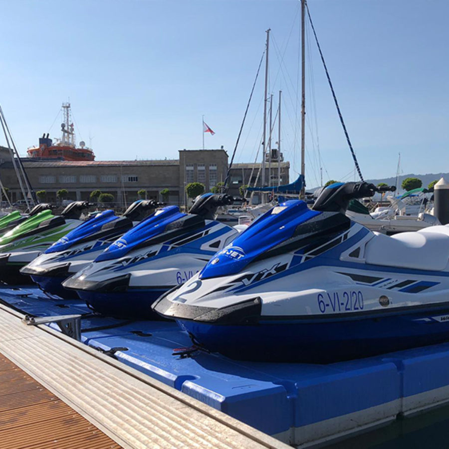 Alquila tu moto de agua en Galicia